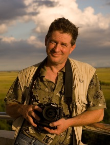 Photographer Joel Sartore<br> Grizzlies, Piranhas, & Man-Eating Pigs<br>
